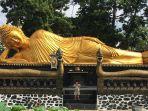patung-buddha-tidur-di-vihara-dhammadipa.jpg