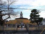 pemakaman-mimizuka.jpg