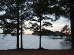 pemandangan-danau-murray-saat-sunset.jpg