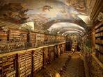 perpustakaan-klementinum_20170906_113403.jpg