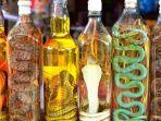 produk-minuman-keras-anggur-ular_20180905_212107.jpg