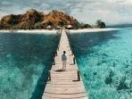 pulau-kanawa-ntt.jpg