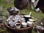 ritual-unik-orang-ethiopia-minum-kopi_20180923_091808.jpg