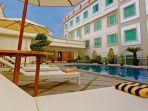 rocky-plaza-hotel-padang.jpg