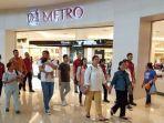 rombongan-keluarga-presiden-jokowi-saat-di-the-park-mall-solo-baru.jpg
