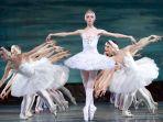 russian-ballet-swan-lake_20180312_143228.jpg
