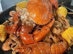 sajian-menu-seafood-di-miting-lobster.jpg