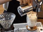 saranti-iced-yakni-campuran-beras-kencur-creamer-milk-and-sugar.jpg