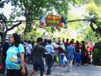 sejumlah-pengunjung-memadati-gl-zoo-pada-hari-lebaran-kedua-kamis-662019.jpg