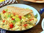 spicy_avocado_scrambled_eggs_20181018_094518.jpg