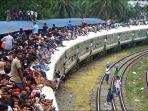 suasana-mudik-di-bangladesh_20180615_184617.jpg
