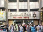 suasana-pusat-belanja-murah-pasar-jakfariyah-di-kota-makkah-kamis-2282019.jpg
