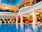susan-spa-and-resort-kolam-renang-gambar.jpg