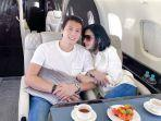 syahrini-dan-reino-barack-liburan-ke-singapura-naik-jet-pribadi.jpg