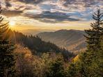 taman-nasional-great-smoky-mountains_20181029_111113.jpg