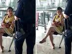 tangkapan-layar-seorang-wanita-marah-kepada-petugas-bandara.jpg