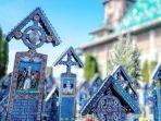 the-merry-cemetery-of-sapanta.jpg