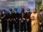 tim-pilot-wanita-india-yang-berhasil-cetak-sejarah-baru-di-penerbangan.jpg