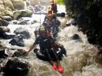 tubing-sungai-senatah-karanganyar-jawa-tengah_20161203_140144.jpg