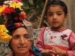 wanita-di-sebuah-desa-di-ladakh-yang-dipercaya-keturunan-suku-arya-murni_20181024_174340.jpg