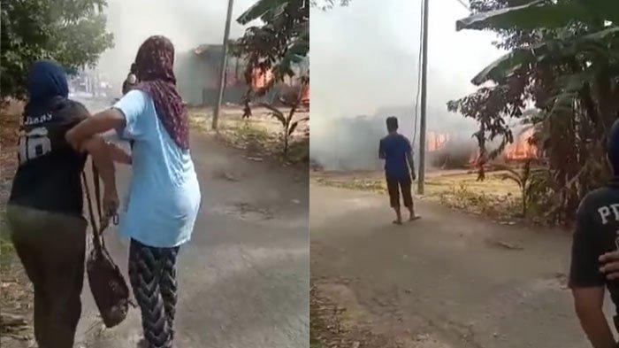 Rumah seorang ibu yang dibakar oleh anaknya sendiri