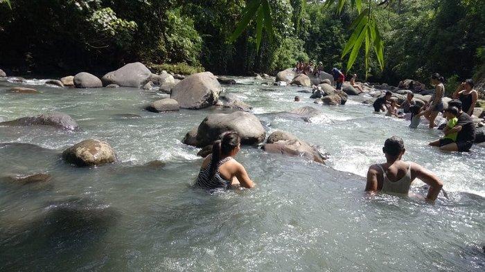 Hanya Rp 10 Ribu Bisa Mandi Air Panas Balerang di Tabanan