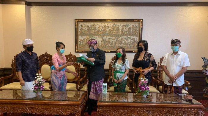 Gerakkan Ekonomi, DPD Putri Bali Harapkan Subsidi Untuk Pakan Satwa