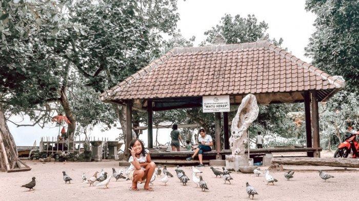 Wisata Murah Meriah di Pantai Karang, Bisa Berfoto Dengan Puluhan Merpati