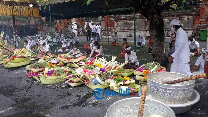 Persembahyangan Saraswati di Pura Jagatnatha Denpasar Dibatasi hingga Pukul 20.00 Wita