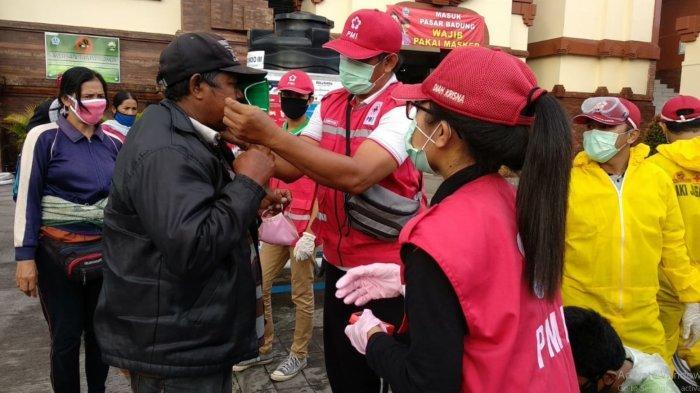 Suka Duka Relawan dan Petugas PMI Bali di Tengah Pandemi Covid-19