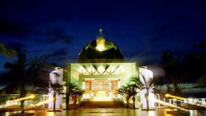 Masjid Agung Karimun Tempat Ibadah Dan Destinasi Wisata Religi Bisa Tampung 4 000 Jamaah Tribunbatam Travel