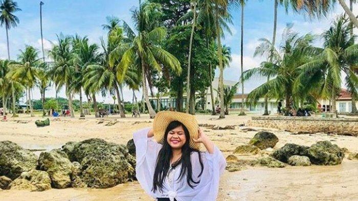 Panduan Wisata ke Pantai Nuvasa Bay Batam, Sediakan Spot Berfoto di Atas Bebatuan