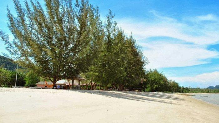 Pantai Pongkar Karimun Simpan 5 Keunggulan