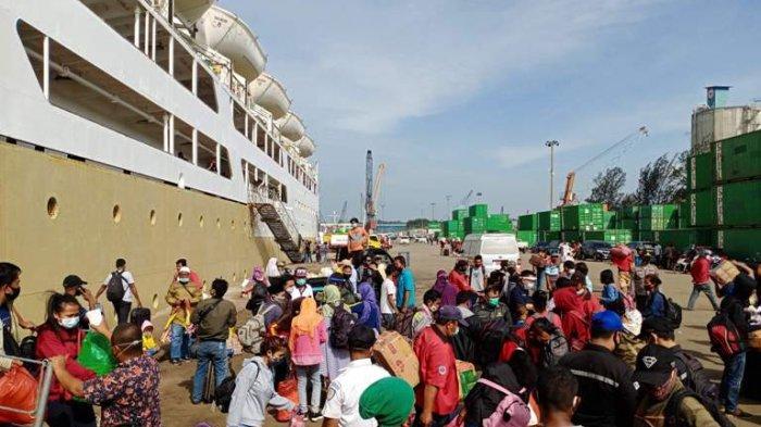 Geliat Wisata Batam Berangsur-angsur Naik, Hari Ini KM Kelud Sumbang 640 Penumpang Belawan - Batam