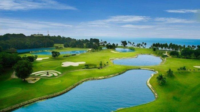 Kunjungi Palm Spring Glof & Country Club, Nikmati Sensasi Bermain di Aqua Track Adventure