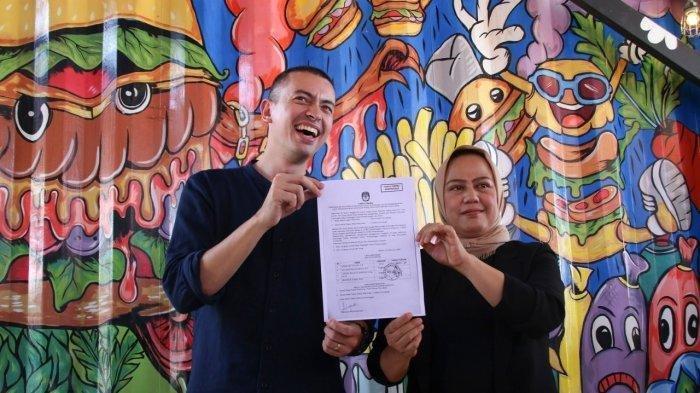 Profil Rian Ernest, Politisi Muda yang Maju Pilwako Batam: Pernah Jadi Staf Ahli Ahok