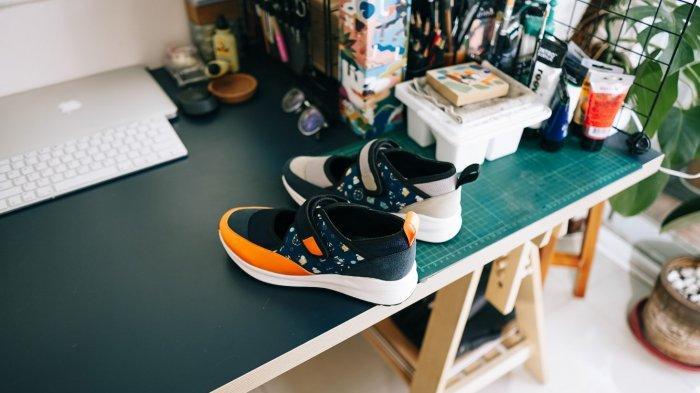 sepasang sepatu amble