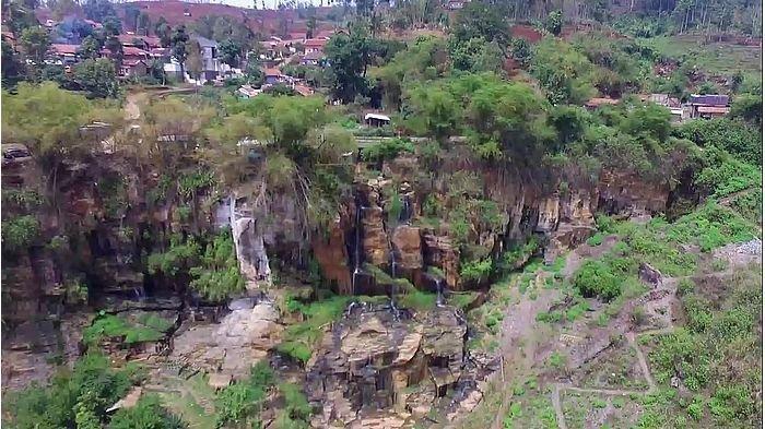 Bersantai di Tiga Air Terjun Indah di Kota Bandung, Cocok untuk Liburan Akhir Pekan Bareng Keluarga