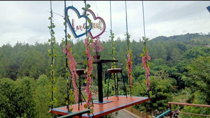 spot foto romantis di Dago Dreampark