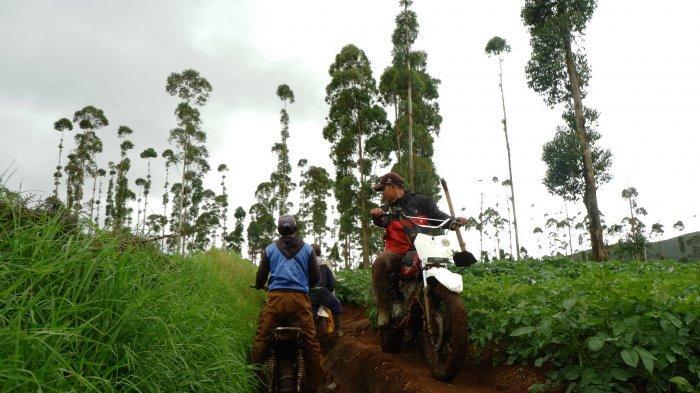 Desa Neglawangi, Kecamatan Kertasari, Kabupaten Bandung