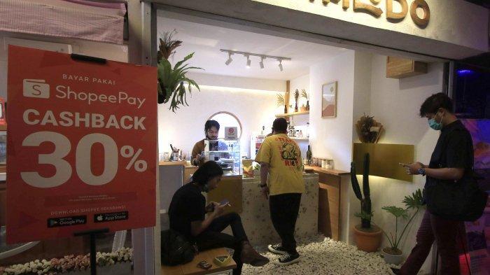 Ruang Nongkrong Asyik nan Kreatif di Dalam Pasar Kosambi Kota Bandung
