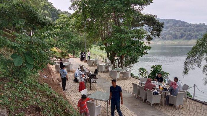Kawasan wisata Jatiluhur Valley and Resort saat libur lebaran, Minggu (16/5/2021)