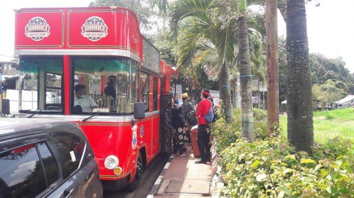 Bus Sakoci digunakan dalam Jelajah on the Bus Memperingati Hari Pahlawan