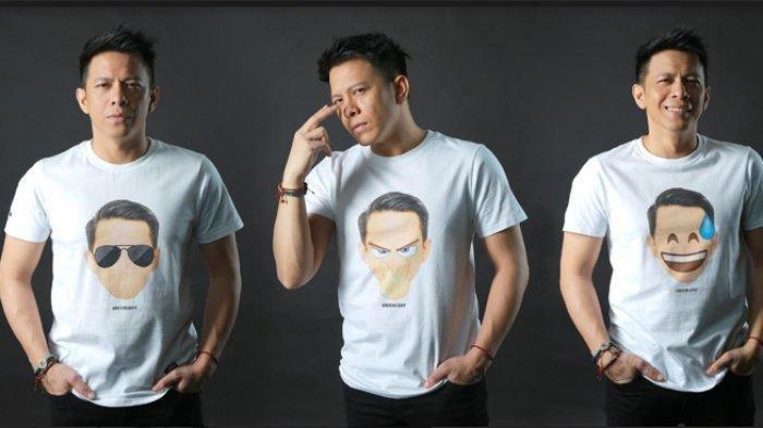 Kaus emoticonyang dikenalan Ariel Noah