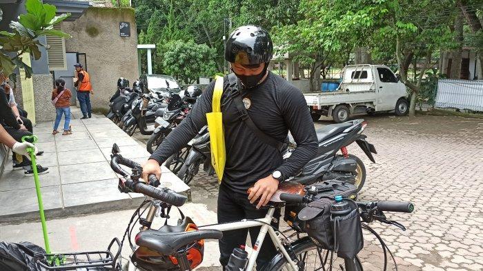 komunitas sepeda yang berkunjung di Rumah Sepeda Indonesia
