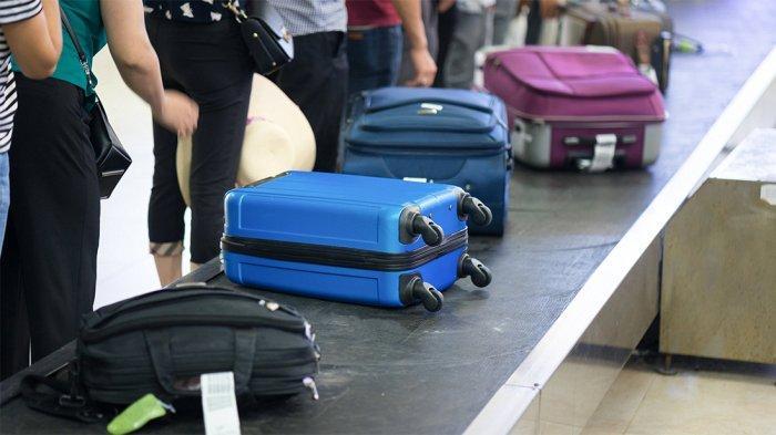 3 Tindakan Kasar Petugas Bagasi Bandara yang Sebabkan Kerusakan Koper Penumpang
