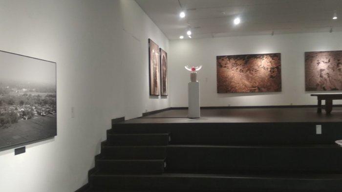 instalasi seni di Lawangawangi Creative Space, Jalan Dago Giri, Kabupaten Bandung Barat