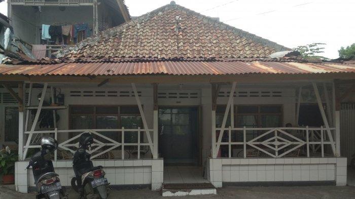 Tampak depan pangkas rambut Sawargi di Jalan Saad, Bandung