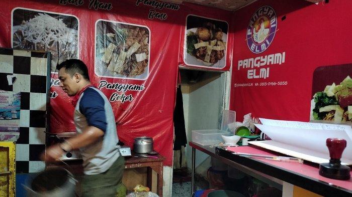 Kedai Pangyami Elmi di Gang Kujang, dekat Kampus UIN SGD, Jalan A.H. Nasution No105, Cibiru, Bandung