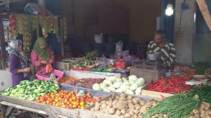 Suasana Pasar Cikurubuk Tasikmalaya